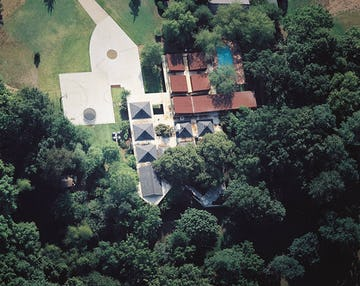 View of the Arkansas House from above.