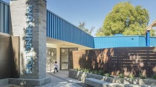 Washington school north entrance c zahner 6083