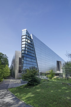 Ibm world headquarters copyright zahner 6094