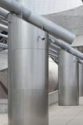 Stainless steel round column coverings for the Pritzker Pavilion
