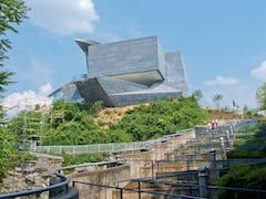 Hunter museum windy path