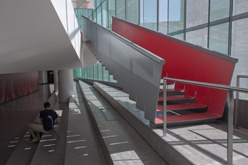 Juilliard staircase slow stair 1334