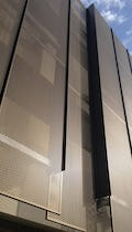 Detail of the two-plane panel system used on the Stanford University Hoover Parking Structure.