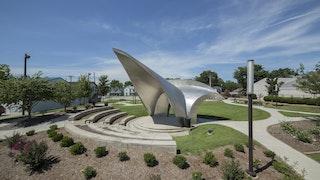 Murphysboro sculpture  c  zahner tex jernigan 4489