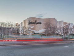 Neiman Marcus in Massachusetts, designed by Elkus Manfredi.