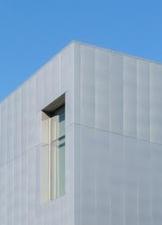 Detail of the stainless steel facade of the Tacoma Art Museum.