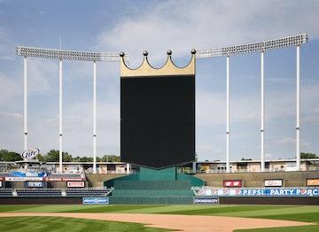 Kauffman stadium crown  c  mike sinclair