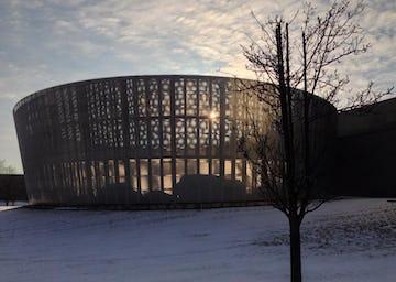 Nissan Studio, generating a unique architectural moire at Dusk.