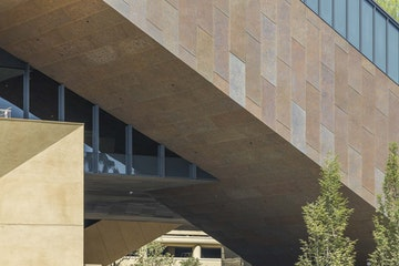 Stanford mcmurtry  c  zahner photo by tex jernigan 6041