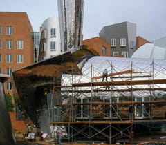 Vista building at MIT Stata Center during construction.