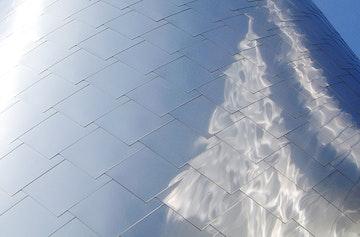 Weatherhead pattern detail reflection