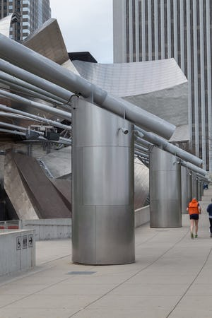Zahner also produced the six-feet-diameter column cladding which encircle the perimeter of the Millennium park.