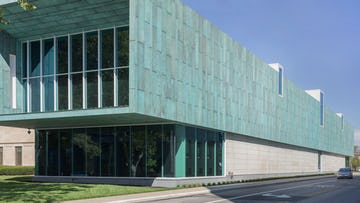 Columbus Museum of Art, East facade, glass, and limestone.