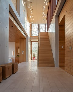 Hamptons Beach House residence designed by Aamodt / Plumb